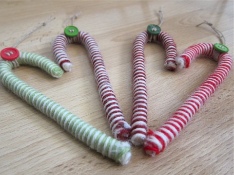 DIY candy cane ornaments by Bubblegum Sass, end view