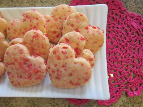Cinnamon heart shortbread cookies by Bubblegum Sass