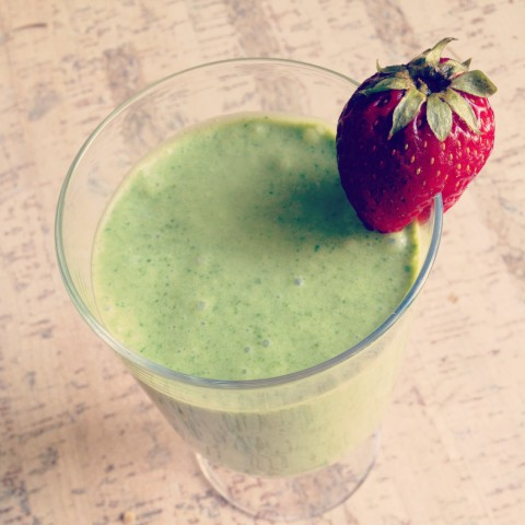 Simple pleasures... green smoothie in the morning. Made from 1 banana, 1 cup of coconut milk, and 2 cups fresh spinach from the garden. Never get tired of fresh veggies from the garden or all the tasty fruit in season right now.