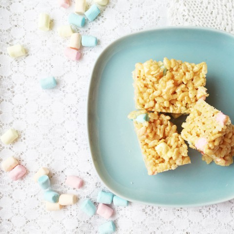 Peanut Butter Marshmallow Squares ~ Recipe from Bubblegum Sass