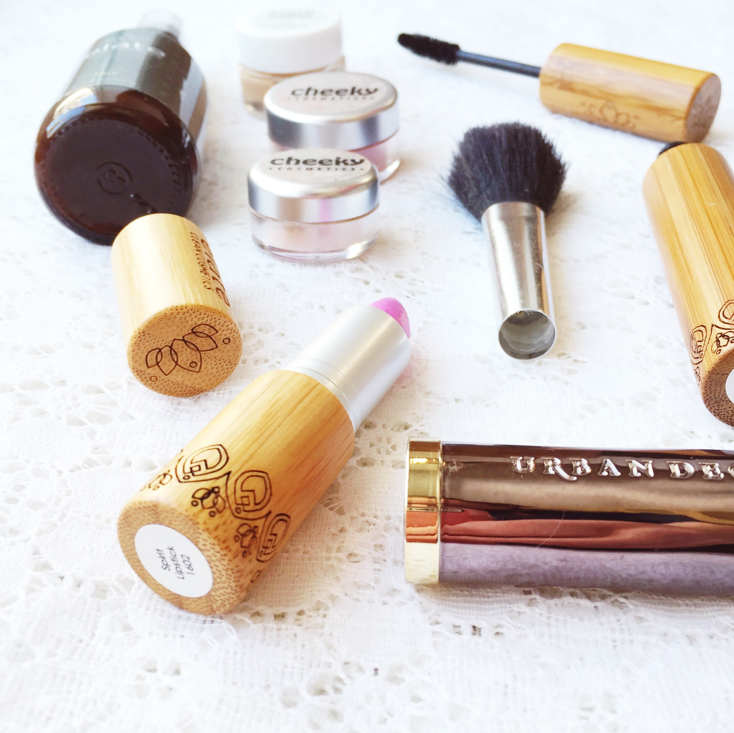 Basically Beautiful: Date Night ~ Basic makeup for busy moms ~ Natural & chemical free options