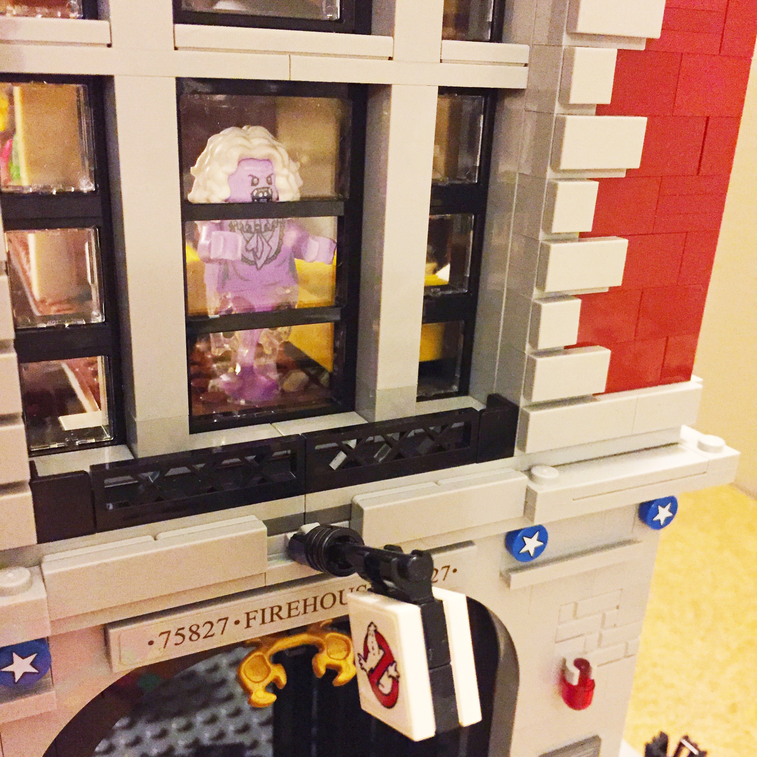 Family Time: Lego Building ~ Ghostbusters Firehall Lego Building