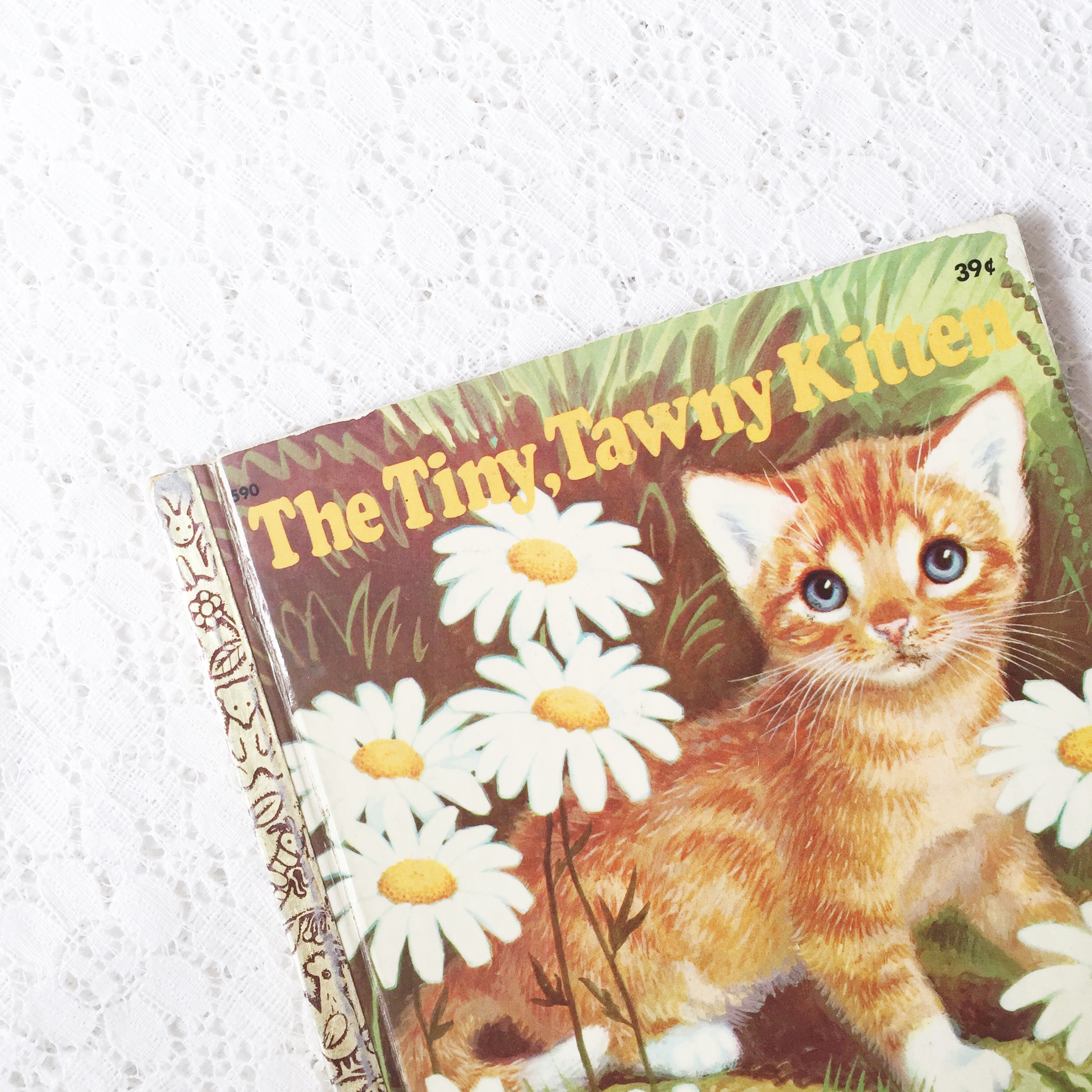 Reading Time: Our Fave Cat Books ~ Good Reads for Kids